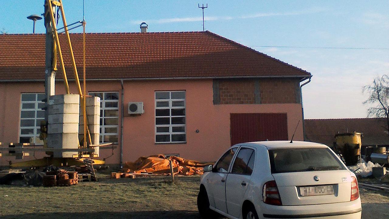 Novi krov na mjesnom domu